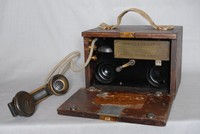 Image of WW1 TELEPHONE No 110 OR TRENCH PHONE