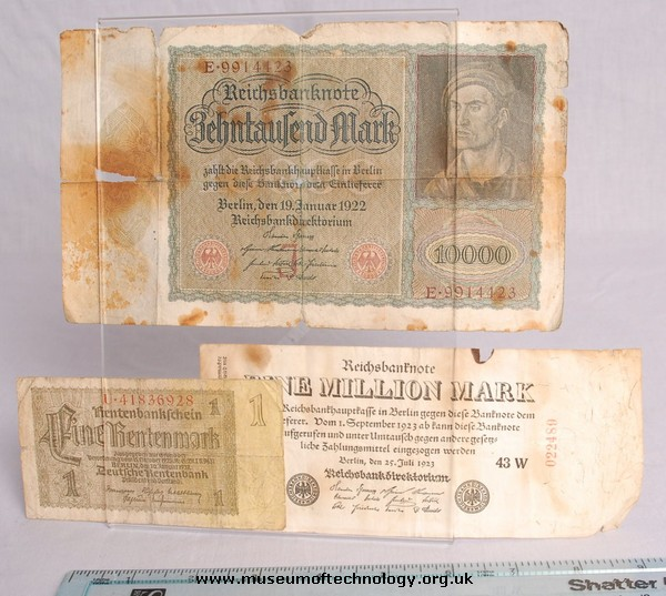 GERMAN INFLATION MONEY AND ONE MILLION MARK NOTE, 1920's