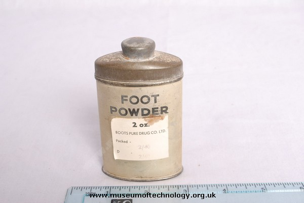 WWII SOLDIERS FOOT POWDER, 1940