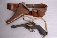 Image of WW1 WEBLEY MK6 REVOLVER AND SAM BROWNE BELT, 1917