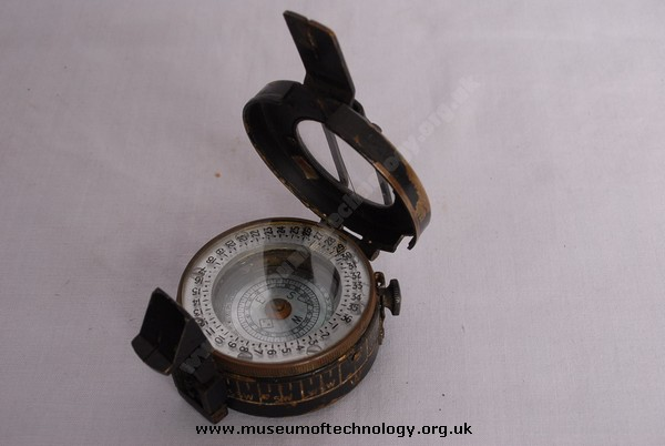 WWII PRISMATIC COMPASS Mk 3, 1943
