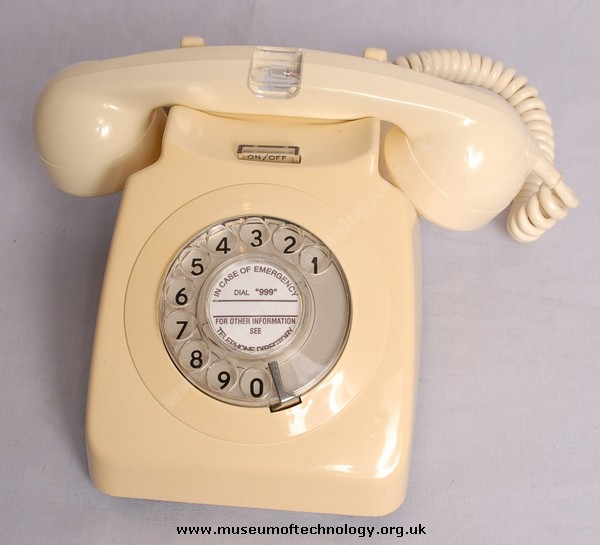 GPO IVORY 746 TELEPHONE WITH NEON HANDSET No7, 1970's