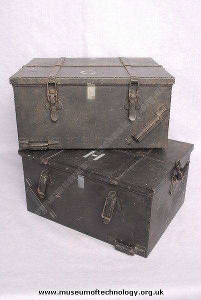 WWII PARACHUTE BOXES FOR TYPE 3 Mk 2 B2 SPY SET