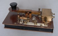 Image of MUSONIC OR TOY MORSE TRAINING KEY, 1940's