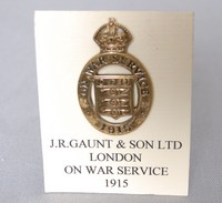 Image of WW1 ON WAR SERVICE BADGE, 1915