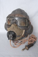 Image of WWII FLYING HELMET TYPE 'B MASK TYPE 'D' and  RCAF GOGGLES, 1940