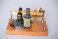 Image of NON-POLARISED MORSE SOUNDER, 1920's