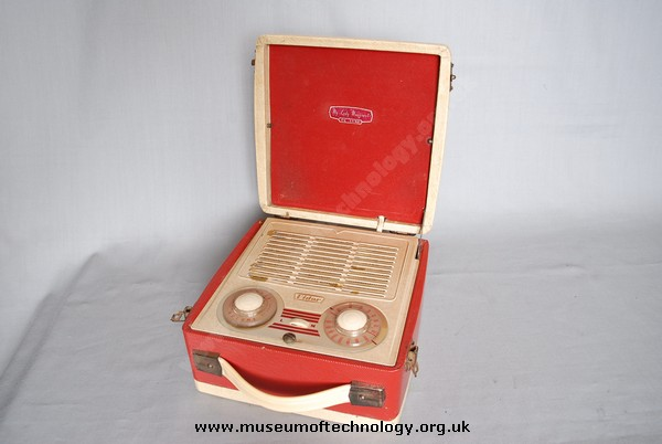 VIDOR 'MY LADY MARGARET' BATTERY PORTABLE WIRELESS, 1954