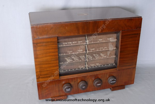 HMV MODEL 1121 WIRELESS, 1950