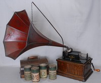 Image of EDISON FIRESIDE PHONOGRAPH TYPE , 1909