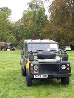 Image of MILITARY COMMUNICATIONS LAND ROVER 90  (external view), 1986