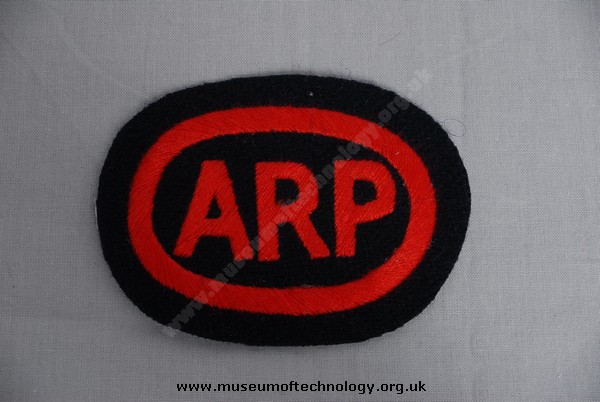 WWII ARP CLOTH BADGE